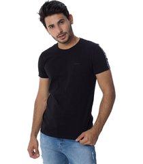 camiseta osmoze 19 110112749 preta - preto - feminino - dafiti