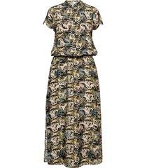 dress in cupro w. flower field prin maxiklänning festklänning grön coster copenhagen