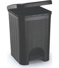 lixeira para banheiro de plástico 12 litros com pedal preto