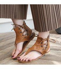 sandali infradito alla schiava con lacci