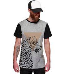 camiseta di nuevo onça pintada selva preta e branca animal preta