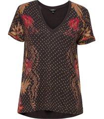 ts praga t-shirts & tops short-sleeved svart desigual