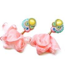 sutaszowe kolczyki z kwiatami rosa