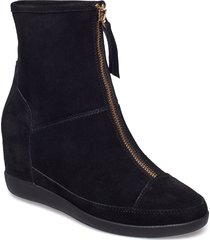 stb-emmy boot s shoes boots ankle boots ankle boot - heel svart shoe the bear