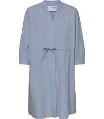 slfmalvina-damina 3/4 dress knälång klänning blå selected femme