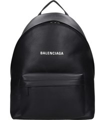 balenciaga everyday back backpack in black leather