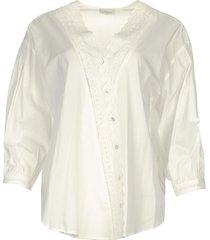 blouse met kanten versieringen capri  wit