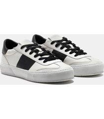 crime london sneakers essential