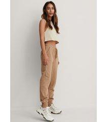 na-kd basic bassweatpants - beige