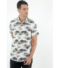 camisa de hombre, silueta confort con cuello francés, manga corta, con estampado oasis