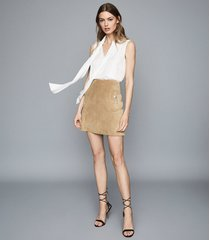 reiss pippa - pocket detail suede mini skirt in sand, womens, size 10