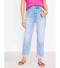 loft curvy destructed high rise boyfriend jeans in bleached wash