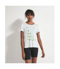 camiseta esportiva estampa frontal escrita powerful | get over | branco | gg