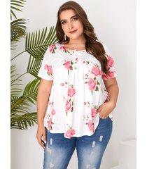 plus botón de tamaño diseño camiseta con estampado floral cuello camiseta de manga corta