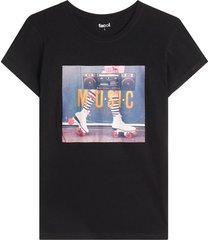 camiseta m/c con screen music