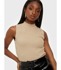 missguided textured cut out knitted body bodys