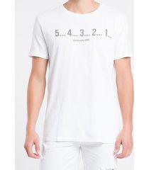 camiseta masculina contagem regressiva branca calvin klein jeans - pp