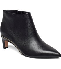 ellis eden shoes boots ankle boots ankle boots with heel svart clarks