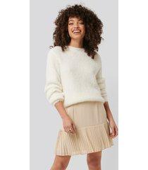 na-kd trend pleated bottom skirt - beige