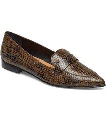 alexandra ii sand reptile / black suede nappa loafers låga skor brun flattered