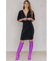na-kd pleated knot front dress - black