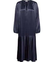 lemona knälång klänning blå by malene birger