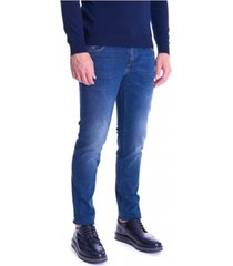 370 close washed stretch jeans