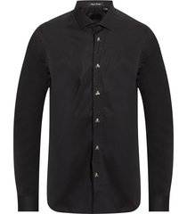 shirt with decorative buttons