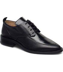 prime glaze derby shoe snörade skor låga svart royal republiq