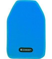 cooler sleeve em nylon le creuset azul