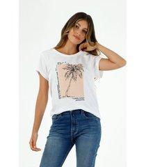 camiseta de mujer cuello redondo, manga corta con estampado de palmera