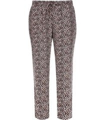 pantalon suelto animal print color café, talla 10