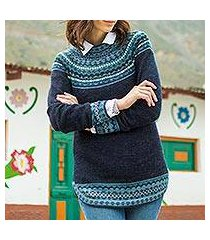 100% alpaca sweater, 'playful navy blue' (peru)