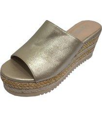sandalia dorada todopiel