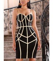 correa de espagueti sin respaldo geométrica negra vestido