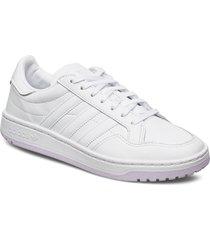 team court w låga sneakers vit adidas originals
