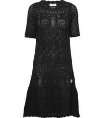 caring dress gebreide jurk zwart odd molly