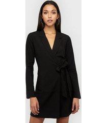nly trend wrap suit dress loose fit svart