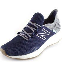 tenis azul gris new balance mroavtb