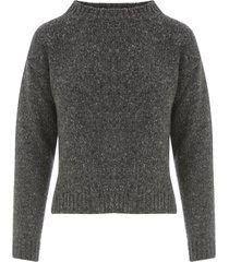base short crew neck sweater