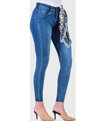 jeans pitillo tiro medio azul amalia jeans