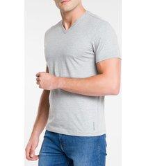 camiseta masculina gola v essentials cinza mescla calvin klein jeans - pp