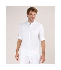 camisa masculina comfort com linho e bolso manga longa gola padre off white