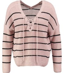 only roze trui valt ruim