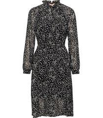 sally ls dress print knälång klänning svart soft rebels