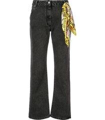 foulard belt denim jeans