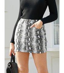 falda de cintura media de piel de serpiente con diseño de botón gris de yoins