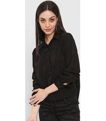 camisa negra mochi perla