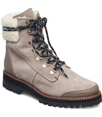 selma suede shoes boots ankle boots ankle boot - flat grå flattered