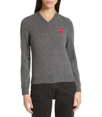 women's comme des garcons play heart wool pullover, size medium - grey